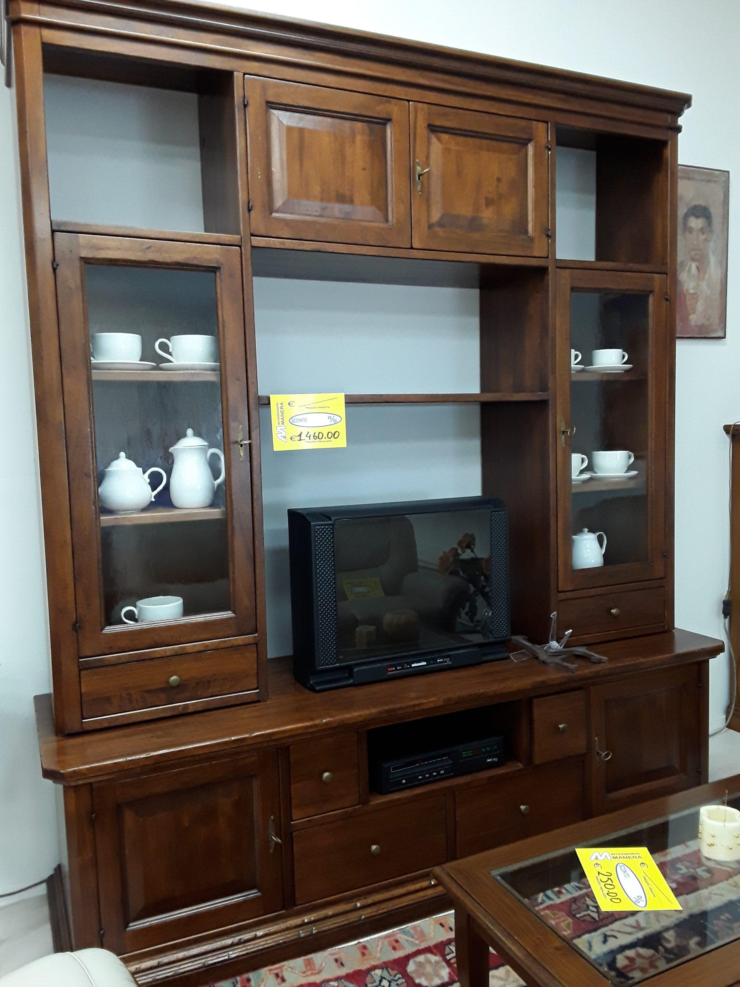 Soggiorno Classico in legno - Arredamenti Manera
